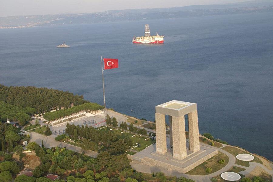 'Yavuz' sondaj gemisi önceki gün Çanakkale Boğazı'ndan çıktı.