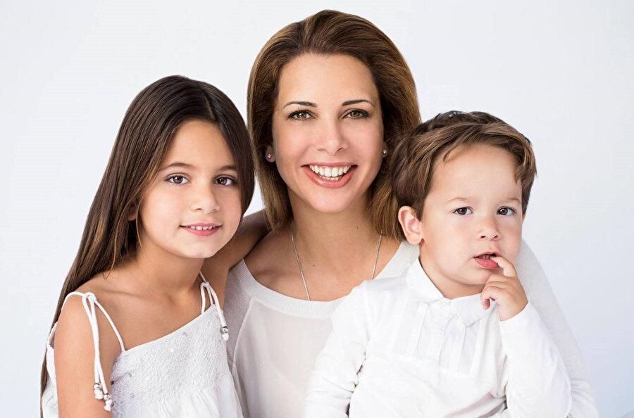 Almanya'ya sığınan Prenses, kızı Celile ve oğlu Zayed'i de yanında götürdü.