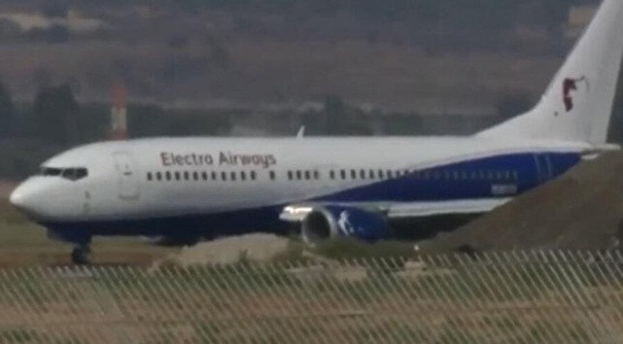 Electra Airways'e ait Boeing 737-400 serisi uçak