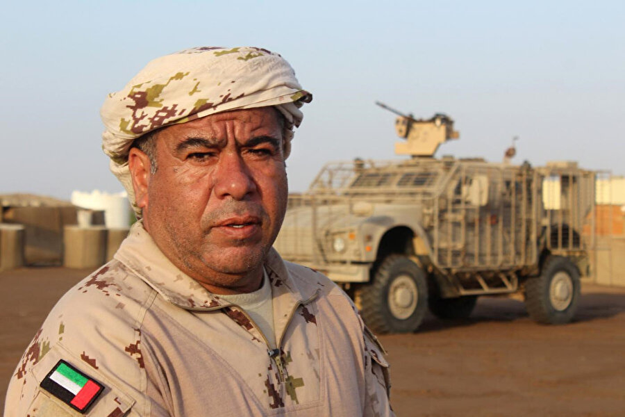 Yemen'in batı sahili cephesinde BAE komutanı.