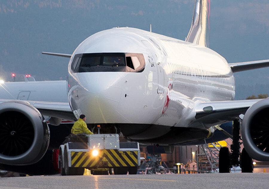 Son dönemlerde Boeing Max 8 tipi yolcu uçağı bir çok ölümlü kazaya sebep olmuştu.