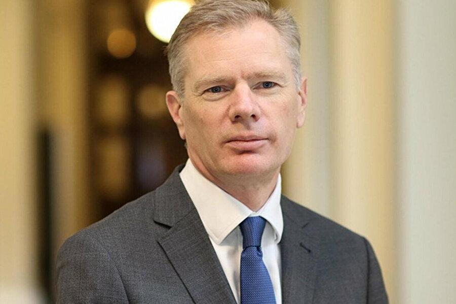 İngiltere'nin Tahran Büyükelçisi Rob Macaire