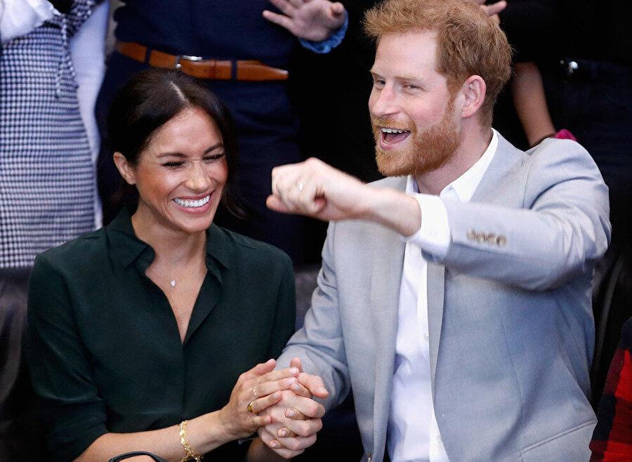 Meghan Markle ve Prens Harry / Çifte evlendikten sonra Kraliçe tarafından Sussex Düşes'i ve Sussex Dükü unvanını verildi