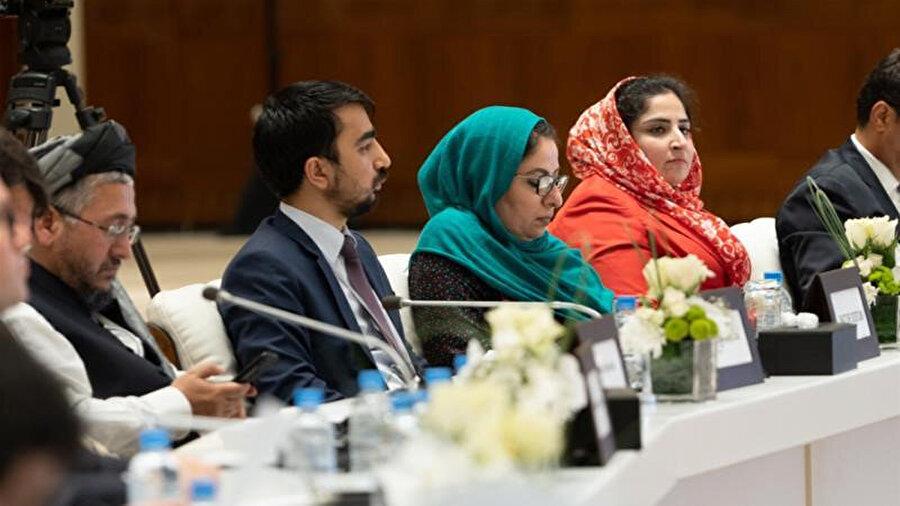 Doha'daki görüşmelerden sonra yapılan ortak açıklamada bazı delege ve diplomatların detaylar husunda görüşleri farklılık gösterdi.
