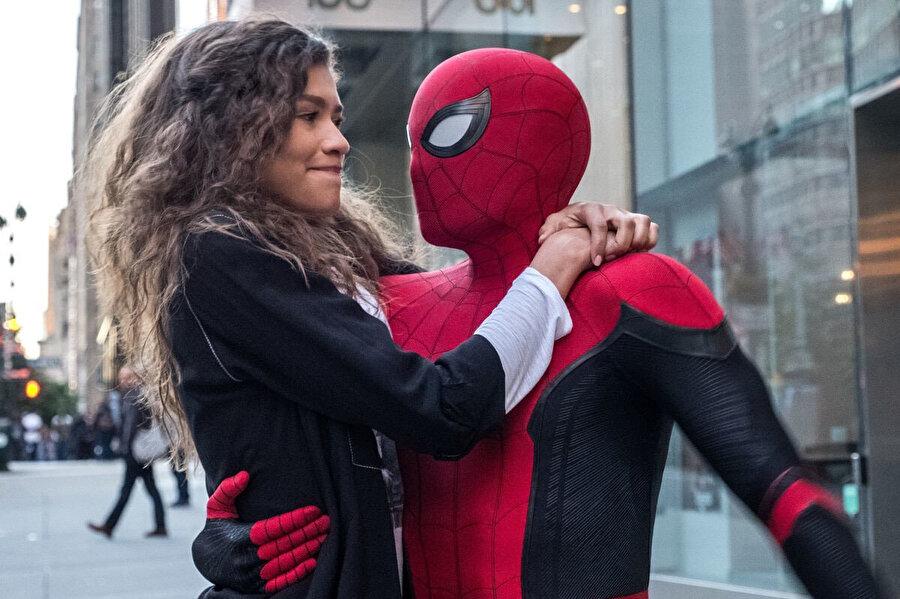 Spiderman: Evden Uzakta, Zendaya Maree Stoermer Coleman