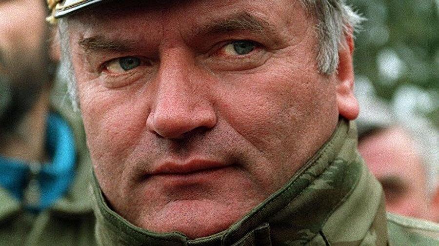 Bosna Sırp Cumhuriyeti Komutanı Ratko Mladiç.