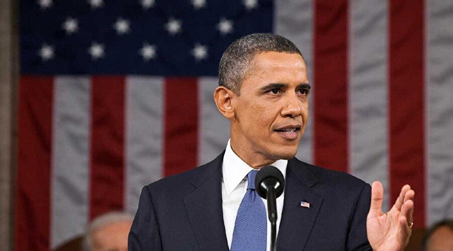 Demokrat Barack Obama ABD'nin ilk siyahi başkanı olarak ülke tarihine geçmişti.