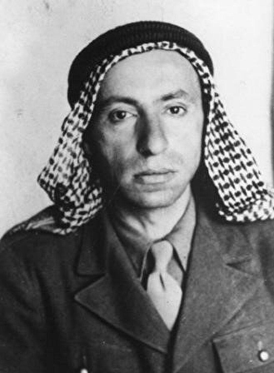 Baas Partisi'nin iki kurucusundan biri olan Mişel Aflak, Şam doğumlu bir Hıristiyan'dı.