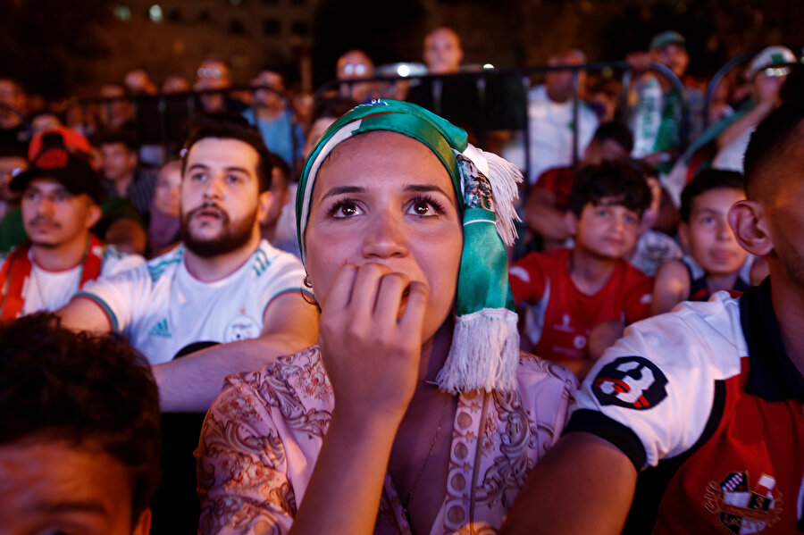 Afrika'da halk turnuvaya konsantre olmuş durumda.