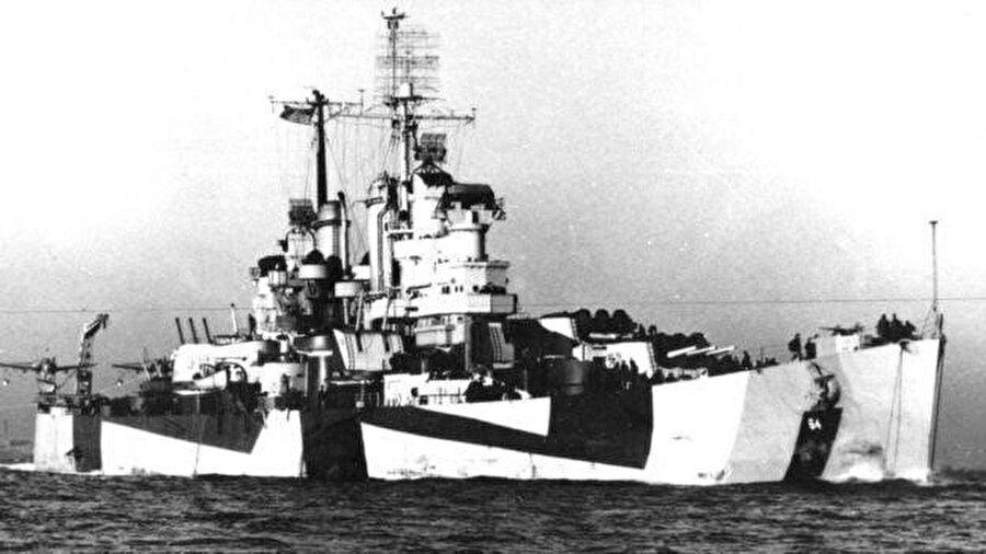1988'de ABD savaş gemisi USS Vincennes, bir İran yolcu uçağını düşürmüş, uçaktaki 290 kişi hayatını kaybetmişti.