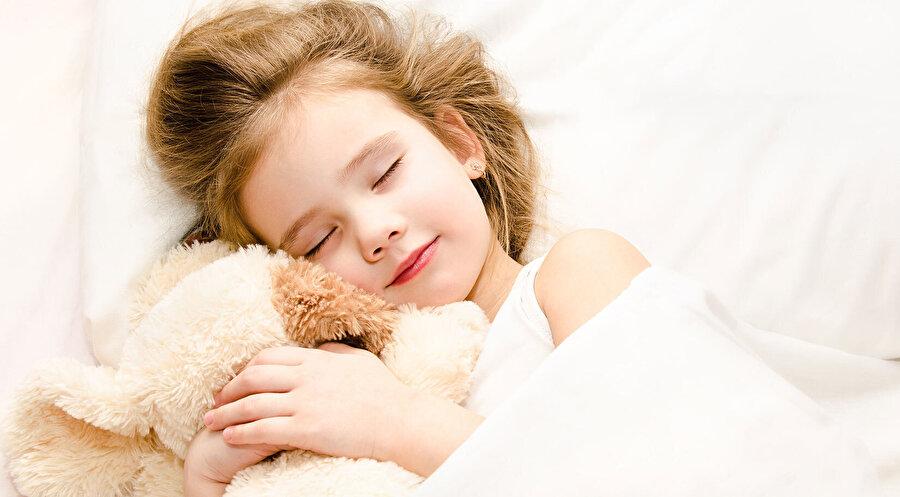 Gelişim çağında olan çocukların düzenli bir uykuya ihtiyacı var