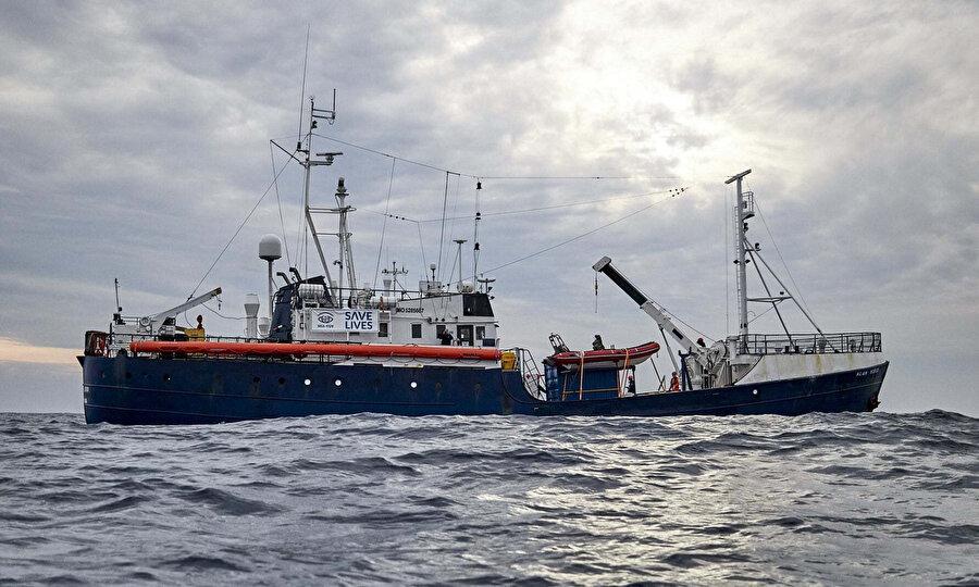 Akdeniz'de aktif olan 10 kurtarma botundan sadece bir tanesi faaliyetlerine devam ediyor.