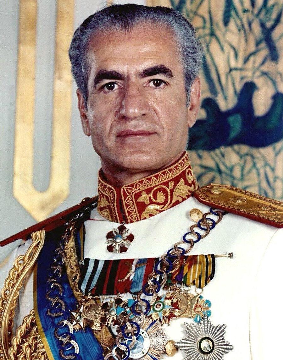 Muhammed Rıza Pehlevî (1919-1980).