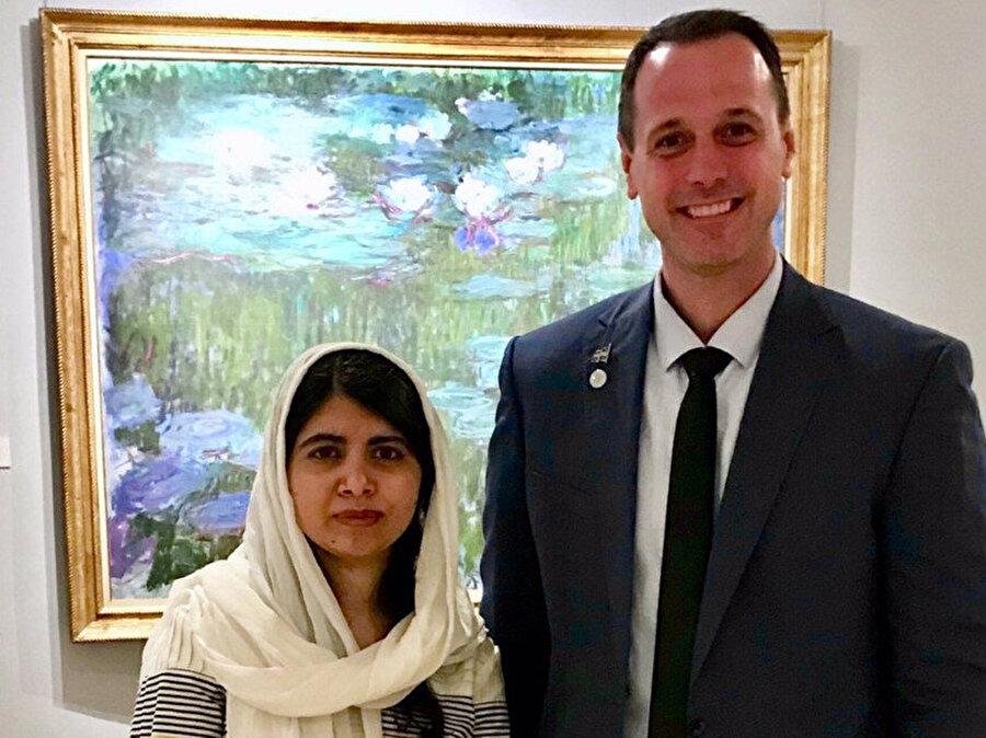 Fransız asıllı Kanadalı Bakan'la Malala, geçtiğimiz ay Paris'te görüşmüştü.
