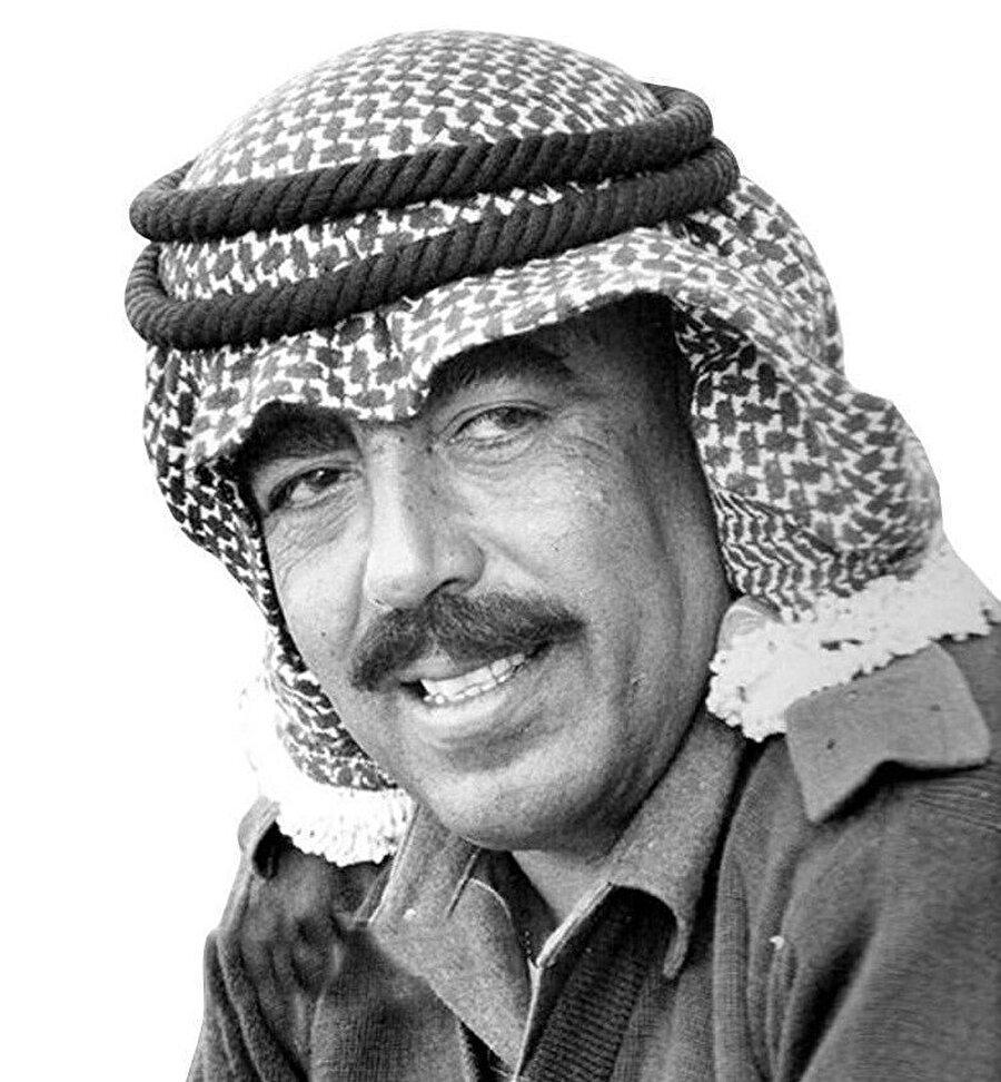 Vasfi Tell, FKÖ tarafından Kahire'de öldürüldü.