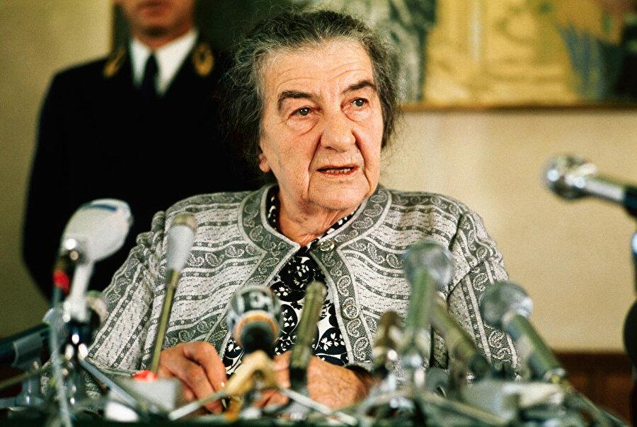 İsrail Başbakanı Golda Meir, Kara Eylül üyelerinin öldürülmesini emretti.