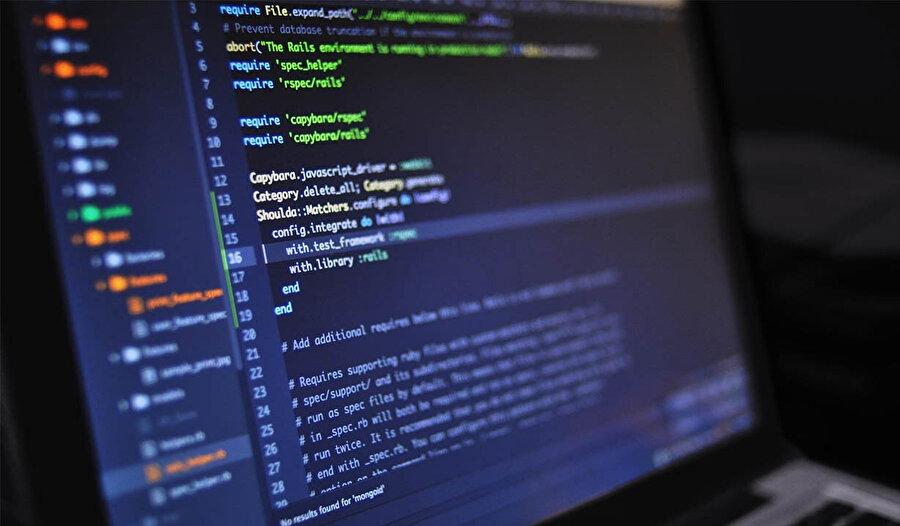 DGS'ye giren adayların okudukları ön lisans bölümüne göre 'yazılım mühendisliği' bölümünü tercih edebilirler.