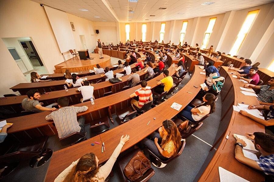 Ön lisans mezunları, DGS ile lisans bölümlerine geçiş yapmaya çalışıyor