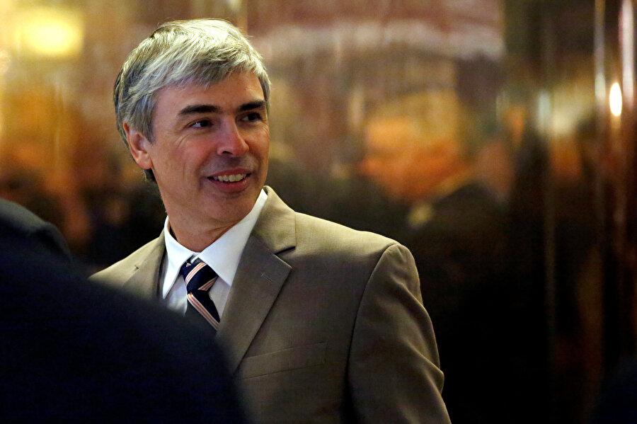 Larry Page, Alphabet'te CEO olarak görev yapıyor.