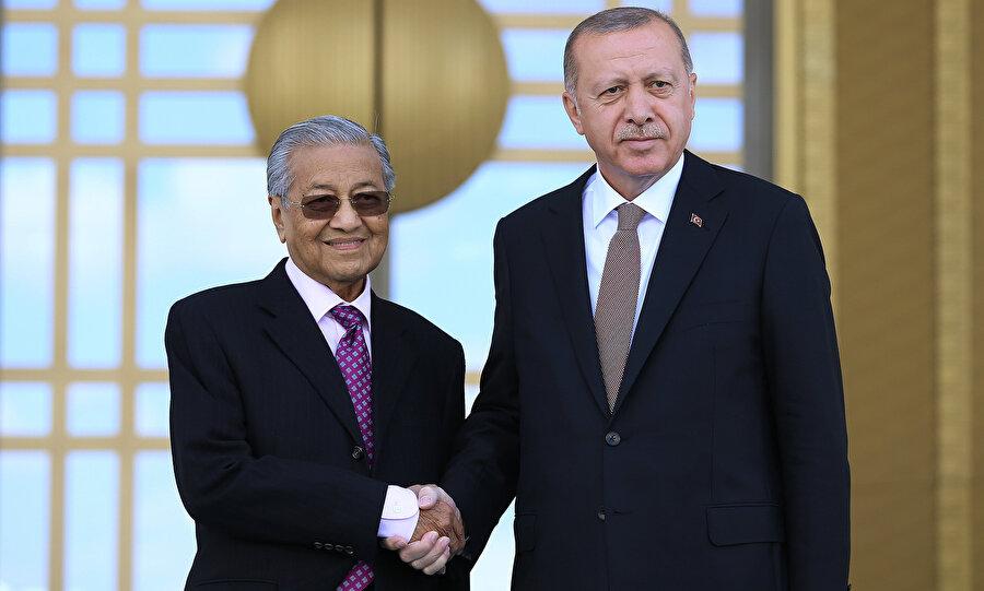 Mahathir Muhammed, geçen ay gerçekleştirdiği Türkiye ziyaretinde, Türk insanının çalışkanlığından etkilenmişti.