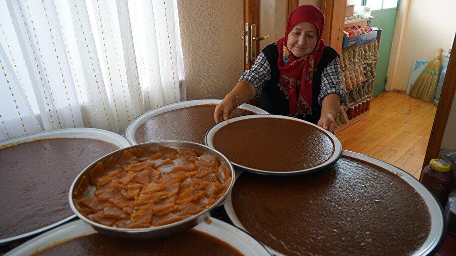 Raziye Balcı, yemek kültürünü de tanıtıyor