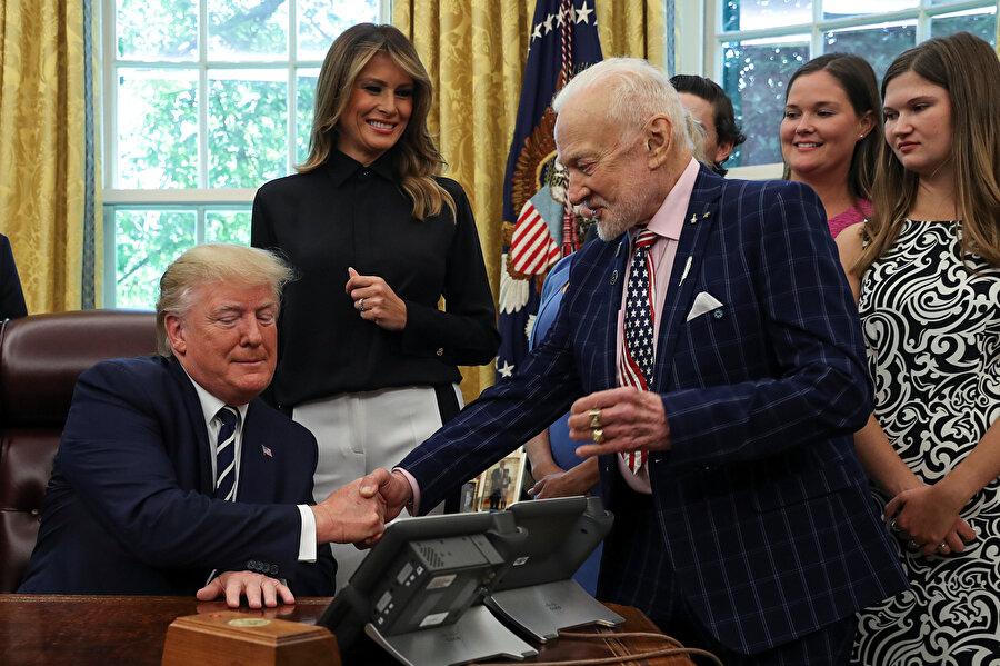 Buzz Aldrin, geçtiğimiz günlerde Donald Trump ile görüşmüştü.