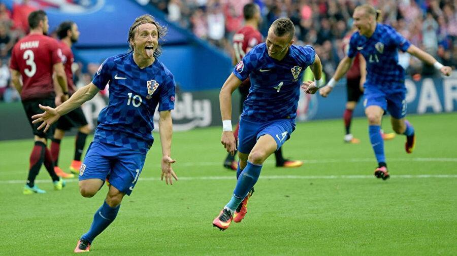 Modric TT Arena'da gol sevinci yaşıyor