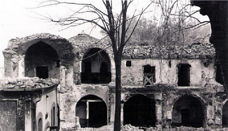 Bursa'da yaşanan Kapalı Çarşı yangını (1958)