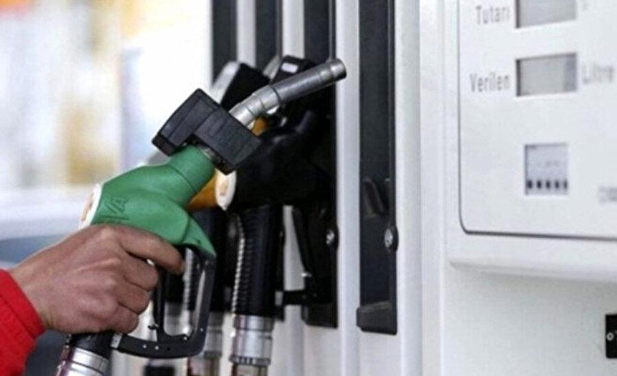 Benzin fiyatlarına 28 kuruş indirim