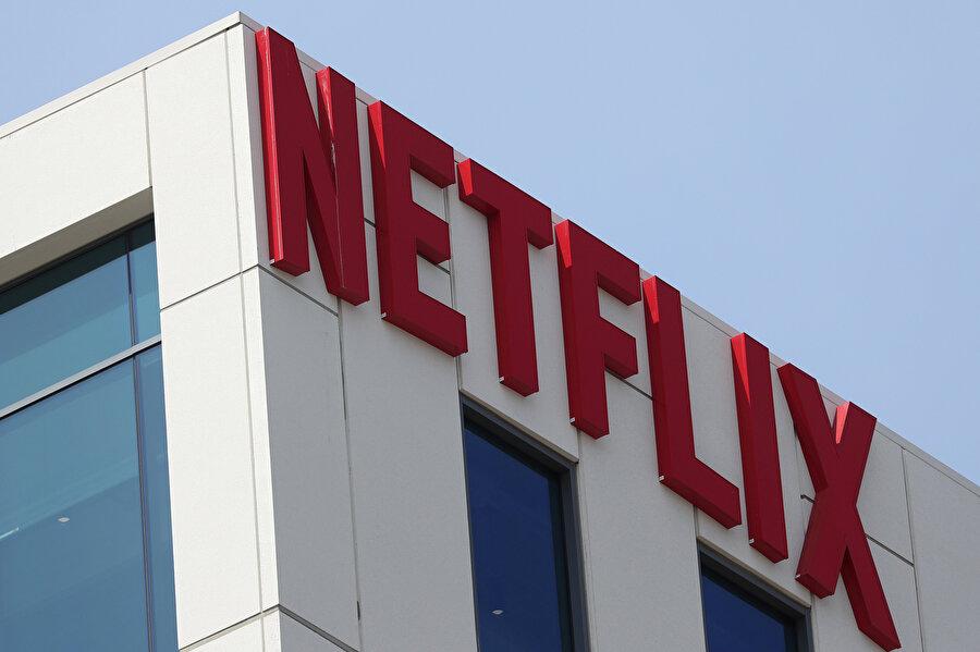 Netflix'in sektördeki tekelliği, güçlü rakiplerle sarsılmış durumda.