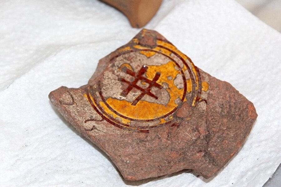Kazı çalışmalarında bulunan Hashtag işareti müzede sergilenecek