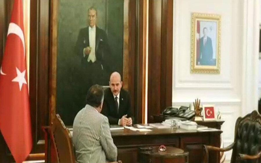 İçişleri Bakanı Süleyman Soylu'nun filmde yer alan konuşma sahnesinden bir kare