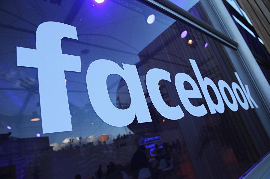 Facebook, kullanıcı sayısı noktasında dünyanın en güçlü sosyal medya platformu konumunda yer alıyor.