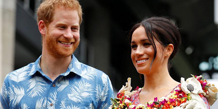 Çift, lüks yaşamlarıyla İngiliz halkının dikkatini çekiyor