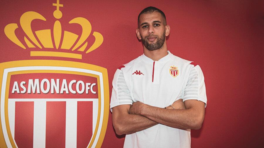 Monaco geçiğimiz sezon Fenerbahçe'de kiralık olarak forma giyen Islam Slimani'yi kadrosuna kattı.
