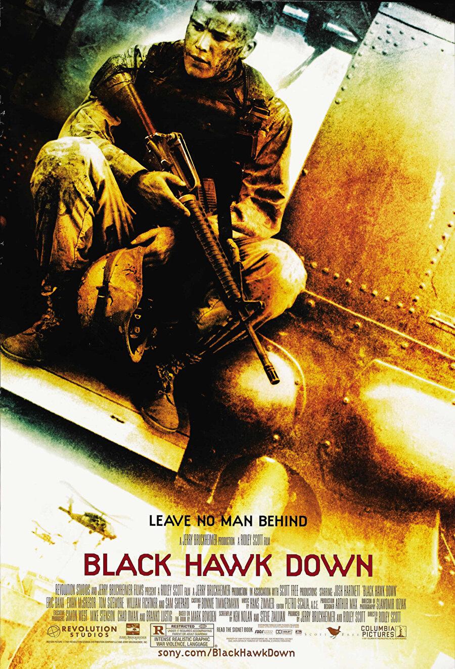 """Black Hawk Down filminde kullanılan """"Barra Barra""""(Dışarı) isimli oldukça sert sözlere sahip şarkısıyla Taha efsanesi büyümeye devam etti."""