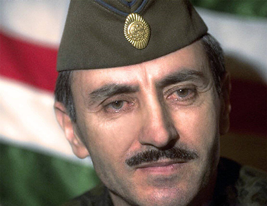 Çeçenistan mücadelesinin sembol isimlerinden Cohar Dudayev.
