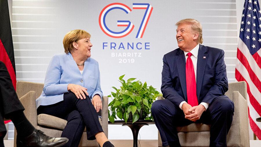 Almanya Şansölyesi Angela Merkel ve ABD Başkanı Donald Trump G7'de bir araya geldi.