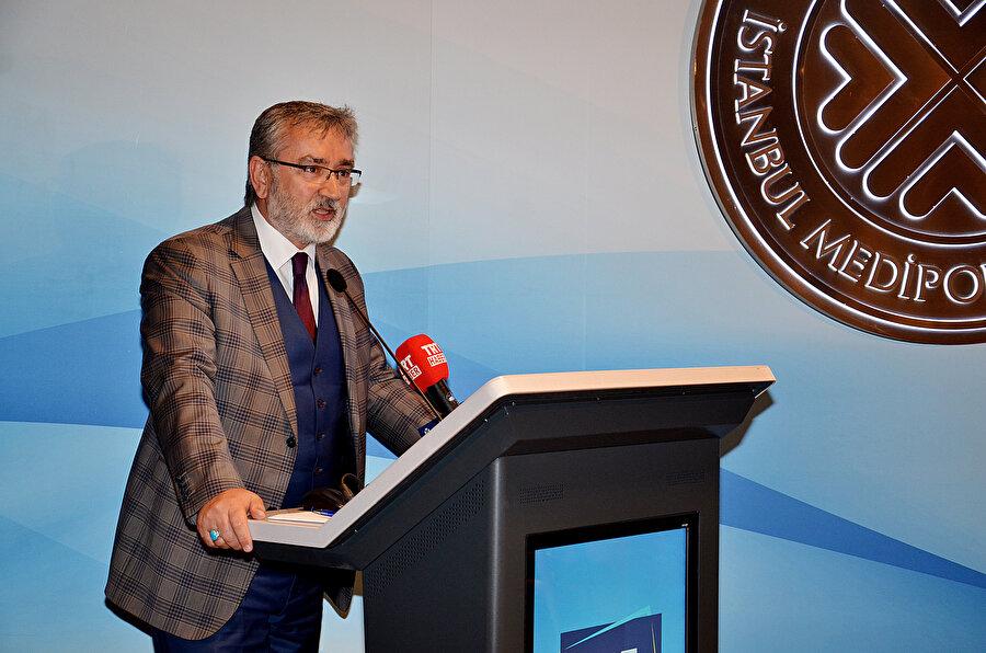 Medipol Üniversitesi İletişim Fakültesi Dekanı Prof. Dr. Ali Büyükaslan
