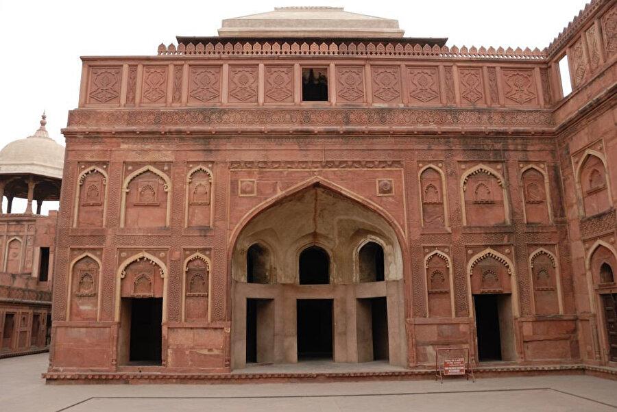 Bengal Mahal.