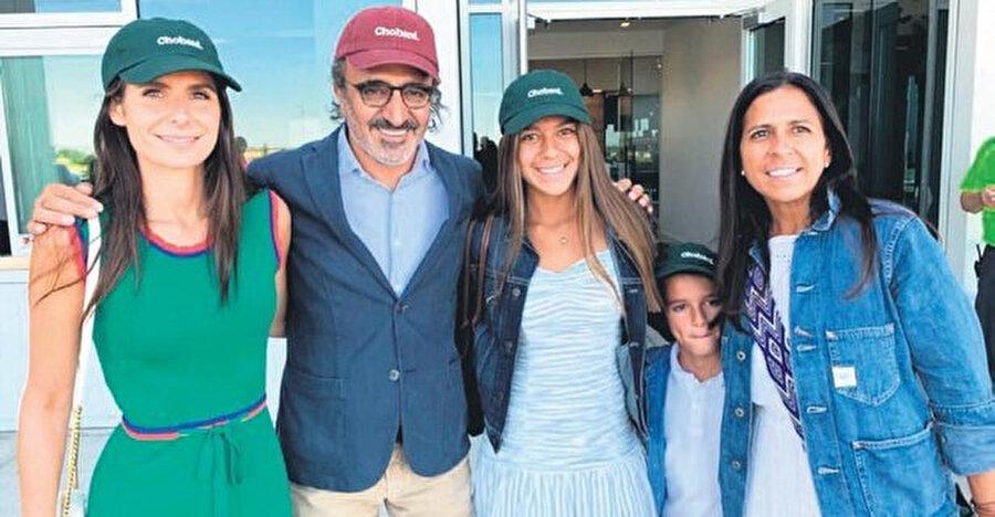 Hamdi Ulukaya ve ailesi