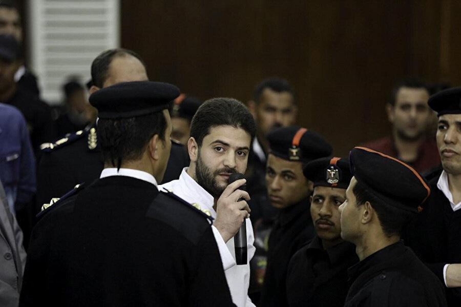 Abdullah Mursi'nin cenaze töreninde cezaevinde bulunan abisi Usame Mursi de hazır bulundu.