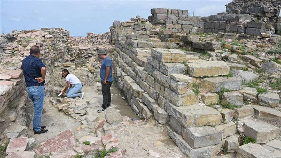 Tieion Antik Kenti'nde demir ocak bulundu