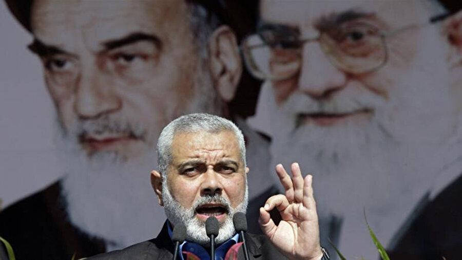 Hamas lideri İsmail Haniyeh'in İran'da yaptığı konuşma esnasında çekilen fotoğrafı.