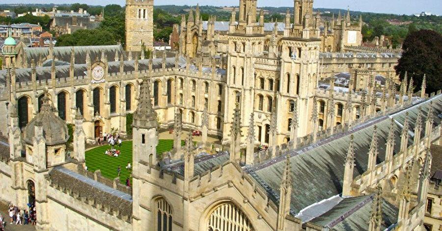 Oxford Üniversitesi genel görünüm