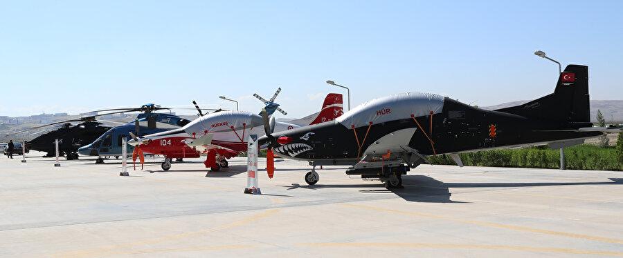 Milli Muharip Uçak haricinde Teknofest kapsamında diğer uçaklar ve helikopterler de görücüye çıkıyor.