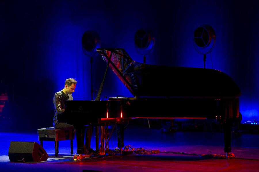 Peter Bence, Türkiye'de konser verdi