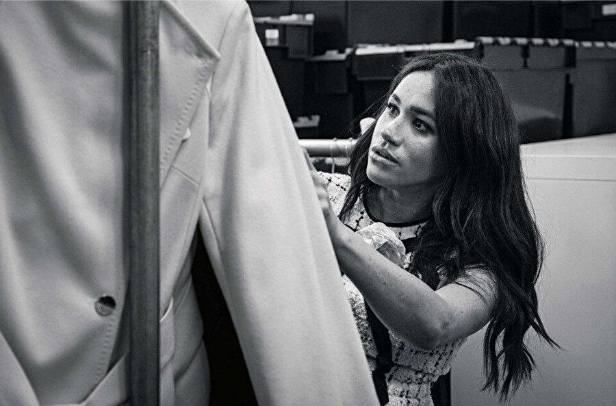 Meghan Markle, iş kadınlarına özel kıyafet tasarladı