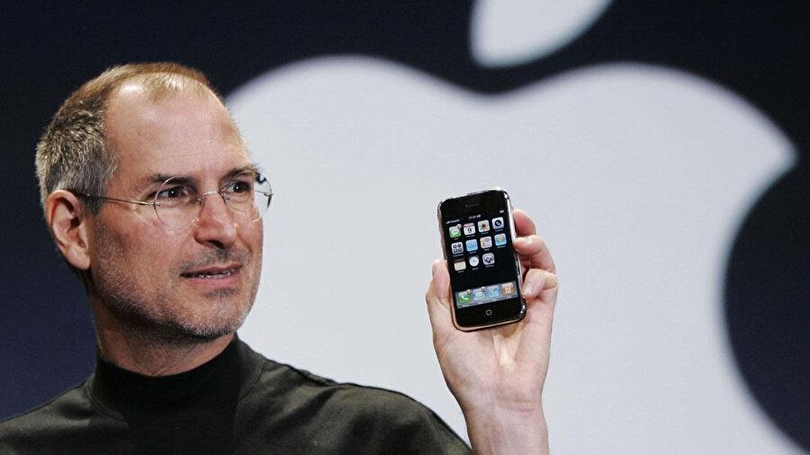 Apple, ilk iPhone'dan bu yana büyük bir yükselişle dünya teknoloji tarihine geçti.