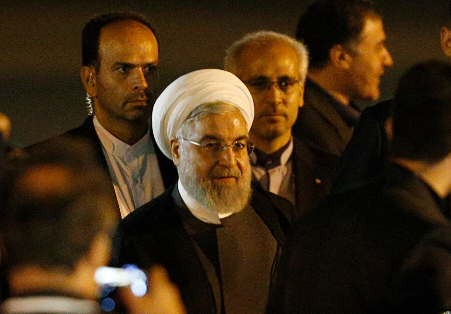 İran Cumhurbaşkanı Hasan Ruhani Ankara'ya geldiği sırada görünüyor.